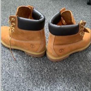 Size 9 Timberland Boots